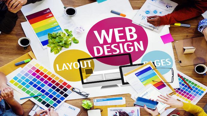 パララックスデザインとは?デザイン性が高いwebサイトを実現!